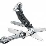 Leatherman CS multi-tool