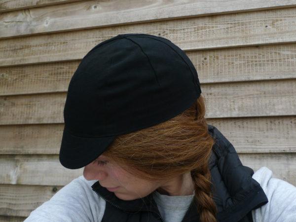 Black cap on Model